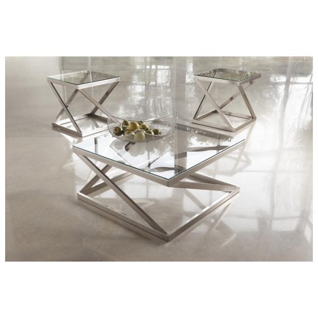 Ashley Furniture   T136-8/2X2
