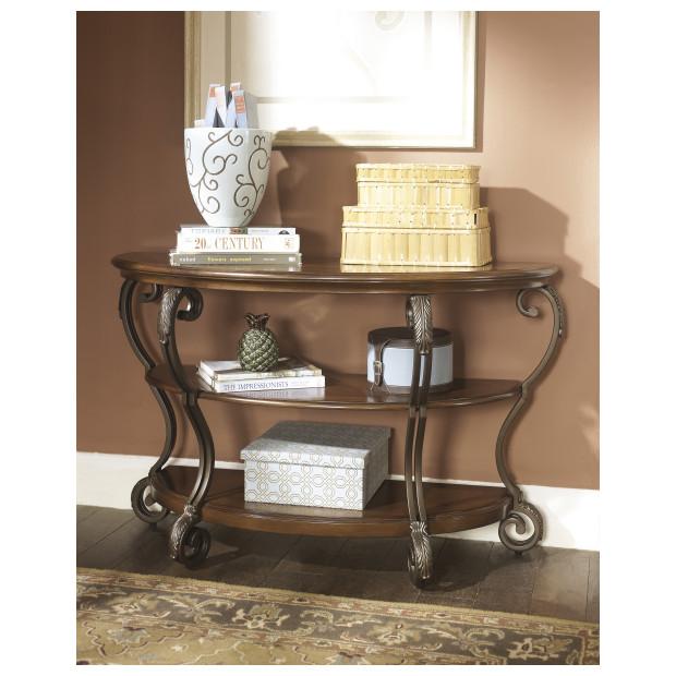 Ashley Furniture   T517-4