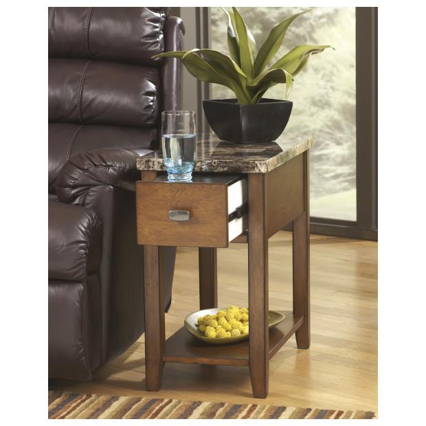 Ashley Furniture   T007-158